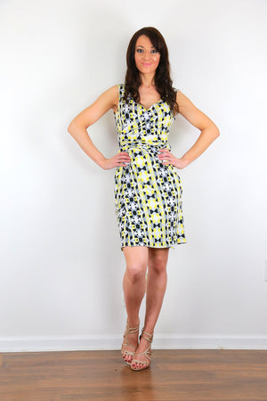 Sleeveless abstract wrap dress
