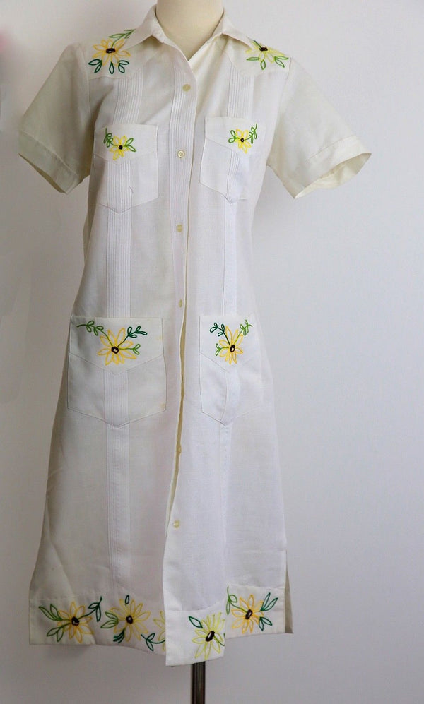 Genuine vintage 70s 1970s boho hippie white linen embroidered western shirt dress L