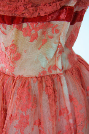 Vintage 50s Cotillion label retro coral lace cocktail party prom dress strapless