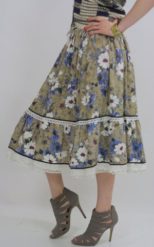 70s Boho Hippie tiered floral skirt - shabbybabe  - 4