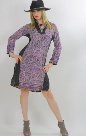 Hippie dress Paisley India color block Festival  Vintage 1970s Purple Paisley Boho Gypsy side slit mini dress Small Medium - shabbybabe  - 2