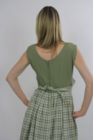 plaid dress green pleated Vintage  1970s dirndl gingham checkered high waisted sleeveless Festival Large - shabbybabe  - 5