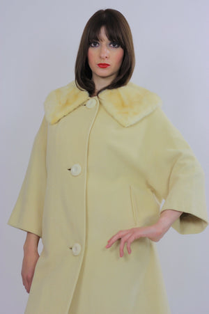Wool Cashmere coat swing blonde mink swing coat fur collar Vintage 1960s Mad men cocktail party Marilyn winter white retro Small Medium - shabbybabe  - 4