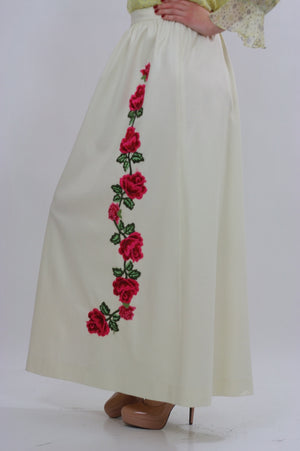 White floral skirt embroidered boho dress vintage 1970s rose appliqu̩ cocktail party roses motif Medium - shabbybabe  - 1