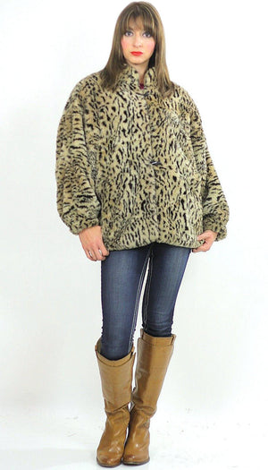Faux fur jacket Boho spotted faux fur jacket Hippie faux fur coat Cozy faux fur chub coat Animal print faux coat Oversized faux fur jacket - shabbybabe  - 3