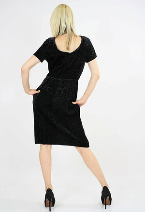 Black velvet  party dress cocktail short sleeve 60s sheath - shabbybabe  - 3