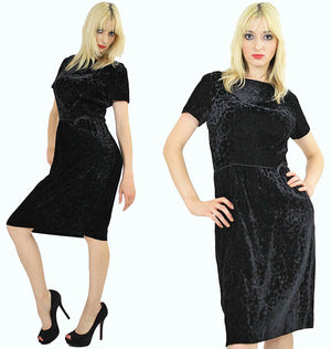 Black velvet  party dress cocktail short sleeve 60s sheath - shabbybabe  - 2