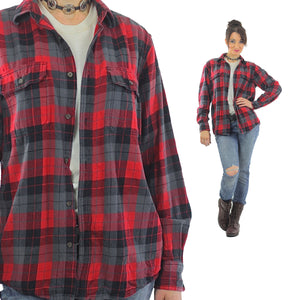 Red Flannel shirt 90s plaid Grunge Red Black Lumberjack Long sleeve Button up Checkered Small - shabbybabe  - 1