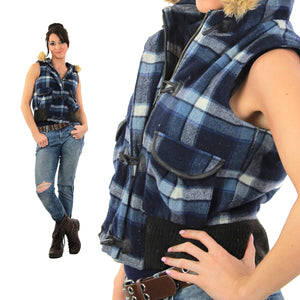 Plaid flannel vest Navy blue white Vintage 1990s Grunge hooded fur trimmed sleeveless top Checkered button up - shabbybabe  - 2