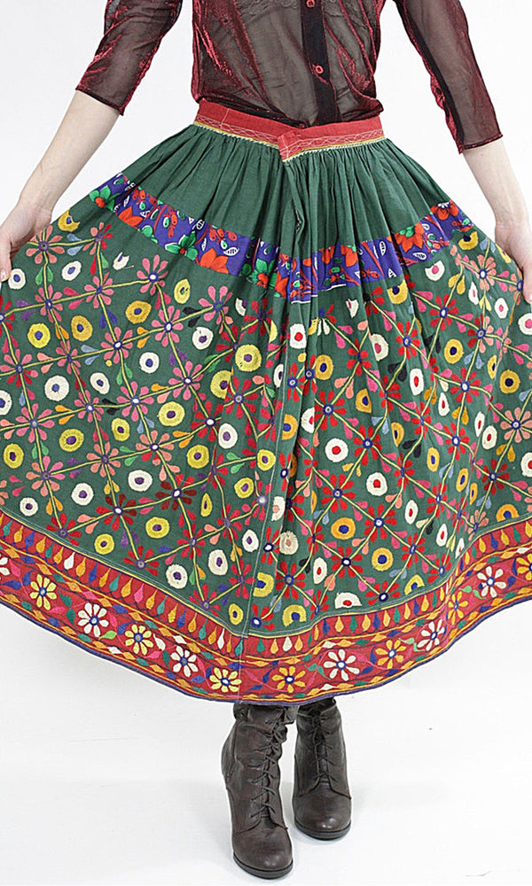 Vintage 70s Embroidered Hippie India Mirror skirt - shabbybabe  - 1