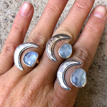 Load image into Gallery viewer, Rama Ring Moonstone