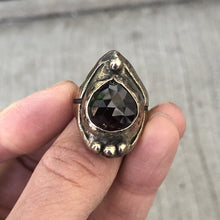 Load image into Gallery viewer, Bronze Art Ring Garnet