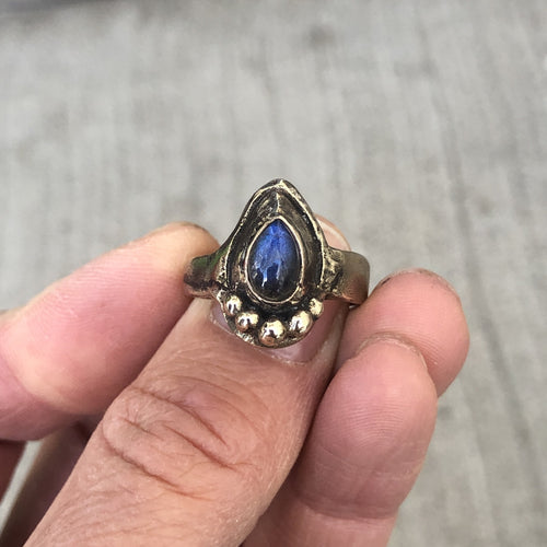 Bronze Art Ring Labradorite