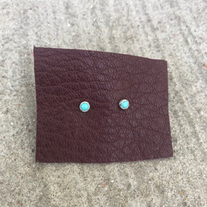 Turquoise studs micro