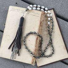 Load image into Gallery viewer, boho tassel necklace
