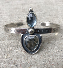 Load image into Gallery viewer, Labradorite Topaz Cuff