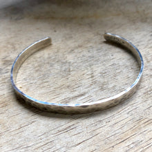 Load image into Gallery viewer, Hammered Silver Cuff