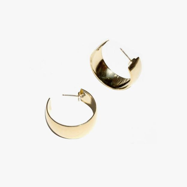 Vogue | 15 Pairs of Hoop Earrings That You'll Never Want to Take Off