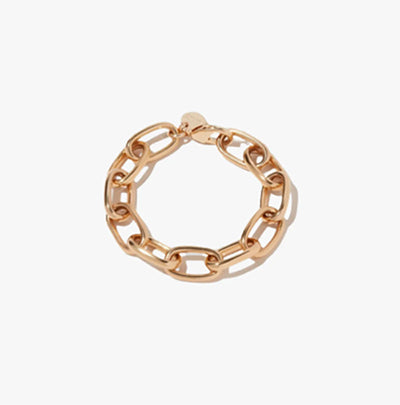 Vogue | The Minimalist's Guide to Elegant, Everyday Jewelry