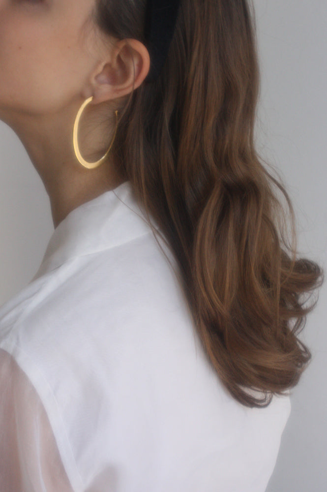 OUTLINE EARRINGS