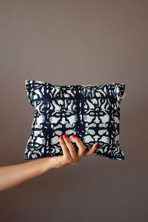 Green & Navy Lionshead Printed Pouch