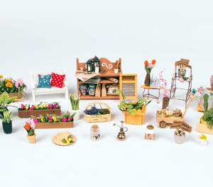 "DIY Miniature Dollhouse Kit ""Miller's Garden"" - Scale 1:24"