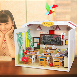 "DIY Miniature Dollhouse Kit ""School House"" - Scale 1:24"