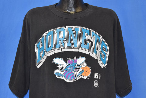 90s Charlotte Hornets Buzz NBA t-shirt Extra Large