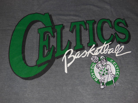 90s Boston Celtics Embroidered NWT t-shirt Extra-Large