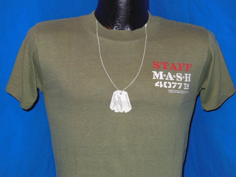 1981 M*A*S*H MASH 4077th Staff Dog Tags t-shirt Small