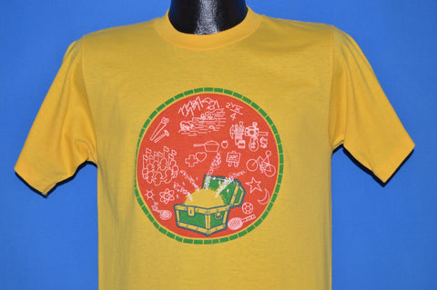 80s Treasure Chest Outdoor Adventure t-shirt Medium