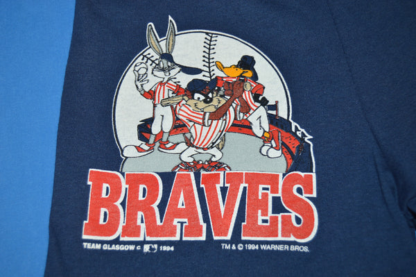 07871a0df42 90s Atlanta Braves Bugs Bunny Boy s Shorts Size 8 - The Captains Vintage