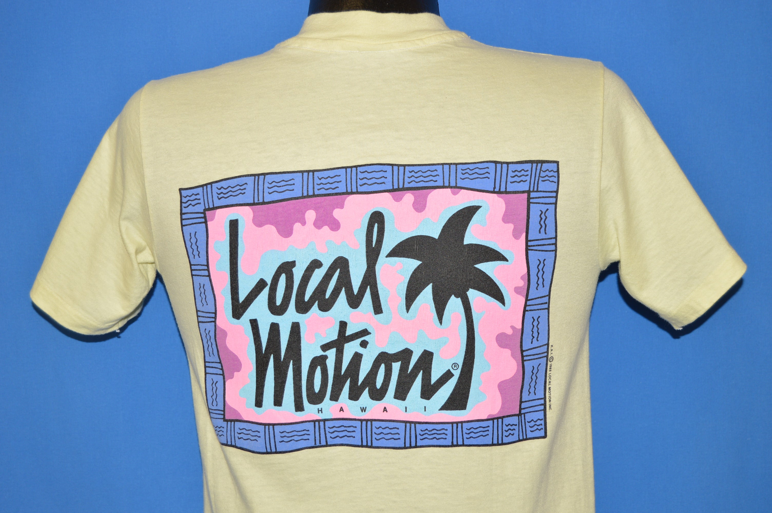 2c4223616a064 80s Local Motion Hawaii Surf Neon t-shirt Small - The Captains Vintage