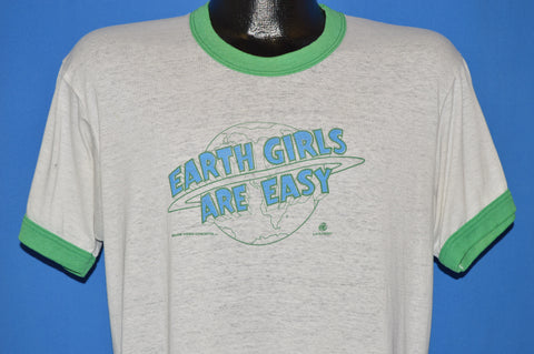 80s Earth Girls Are Easy 1988 Movie Distressed t-shirt Large