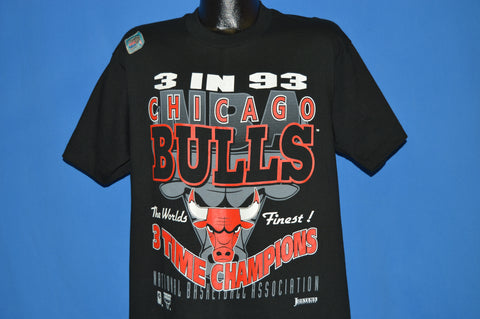 90s Chicago Bulls 3 Time Champs 1993 t-shirt Large