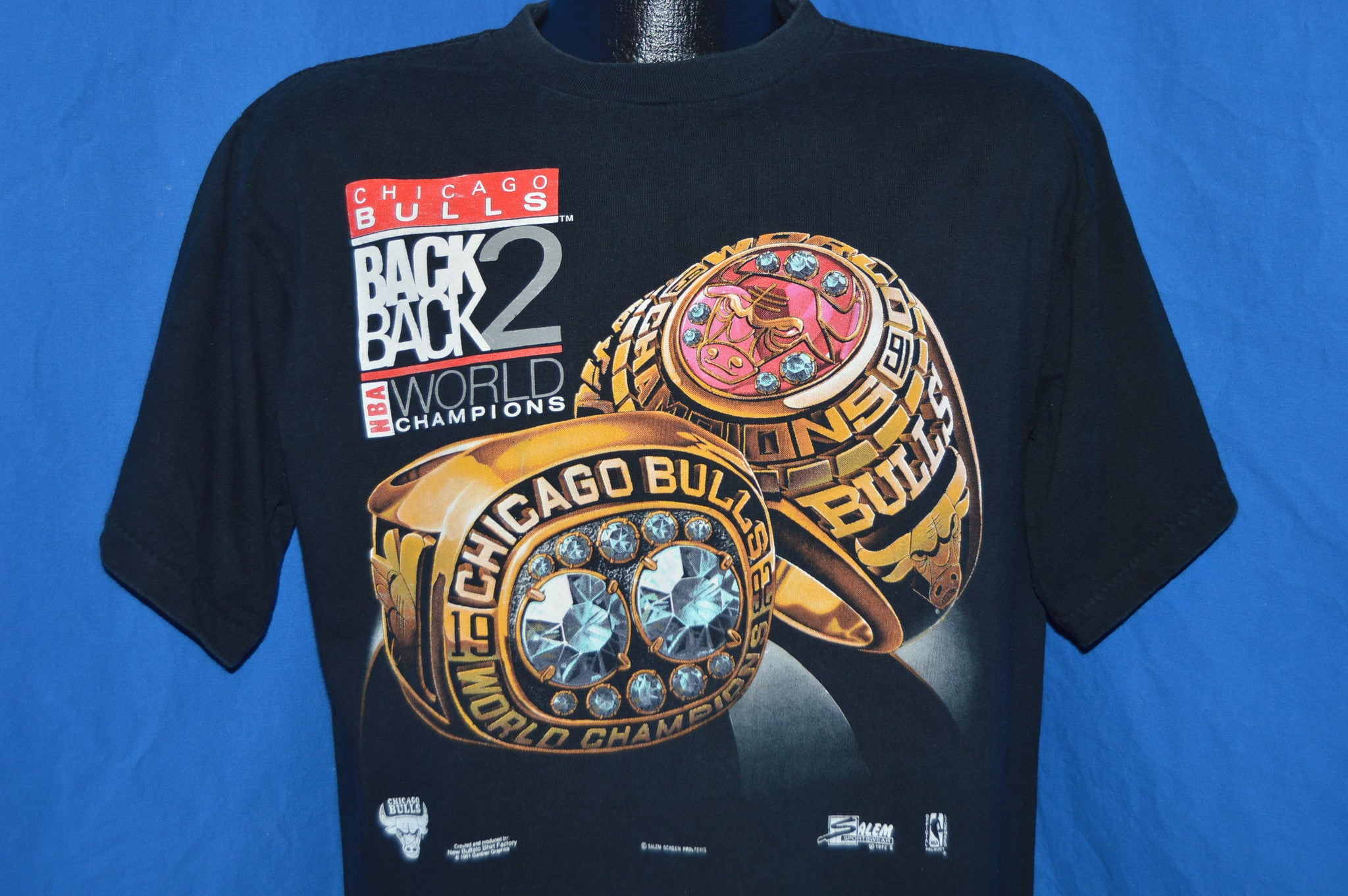 90s Chicago Bulls 91 92 Back to Back NBA Champs t-shirt Large - The ... 76a1c1577