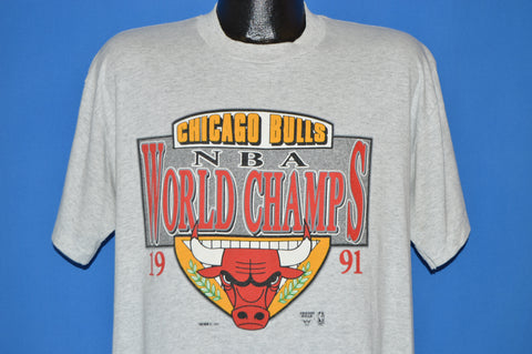 90s Chicago Bulls 1991 NBA Champs t-shirt Large