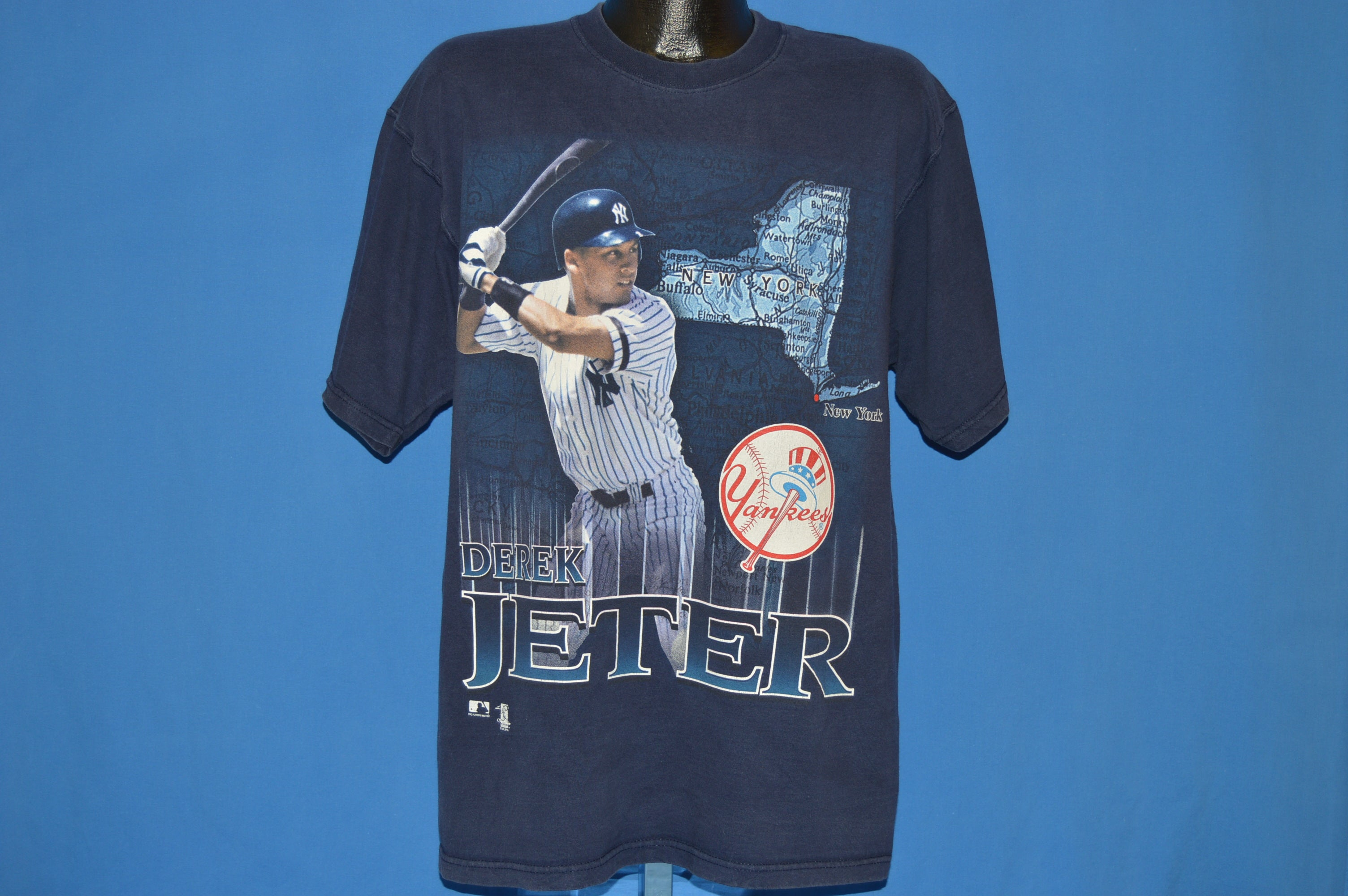90s Derek Jeter New York Yankees t-shirt Large - The Captains Vintage b87ae455d8d