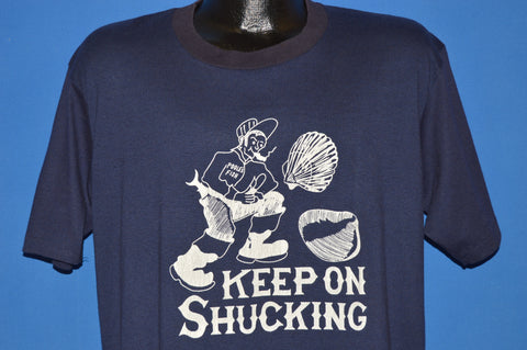 16ffd661 80s Keep On Shucking t-shirt Extra Large - The Captains Vintage