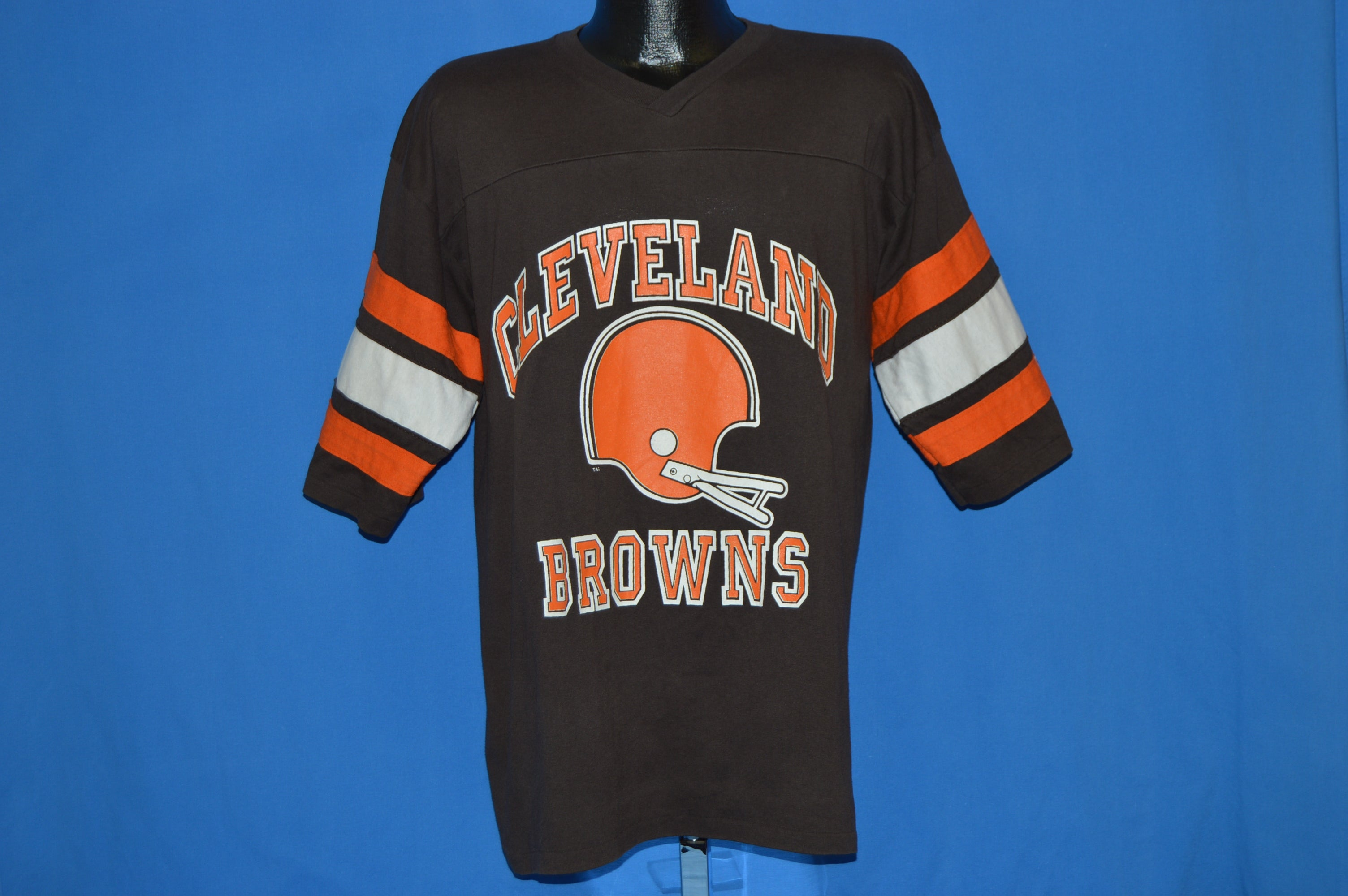 87e10e33 80s Cleveland Browns Jersey-style t-shirt Extra Large - The Captains ...