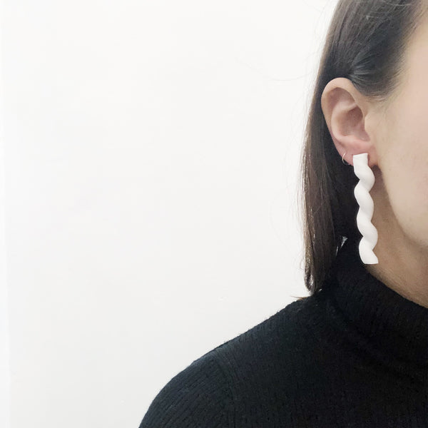 Sea + Pattern White Line Earrings