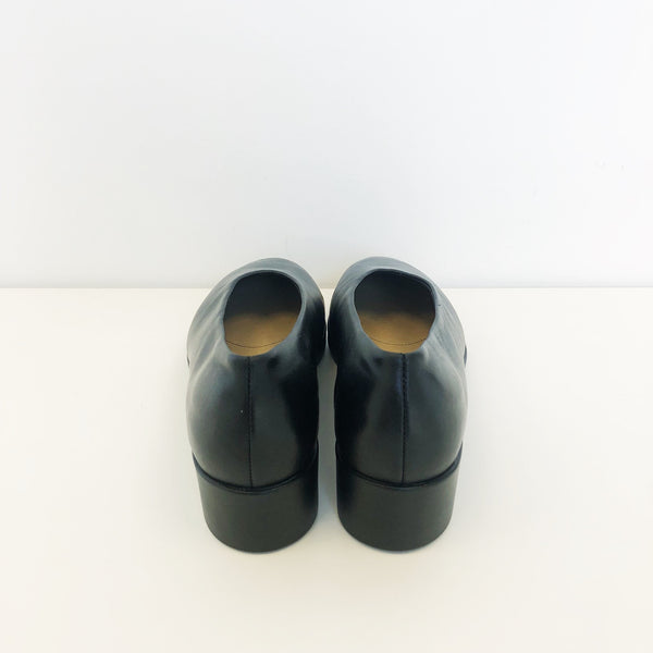 Hopp Black Wedge Slip-On