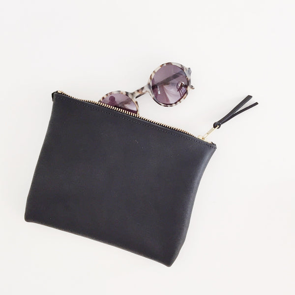 Johan - ARA Handbags Black Clutch No. 1 - Portland, Oregon