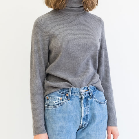 Grey Ribbed Wool Turtleneck