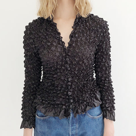 Black Crinkle Popcorn Top