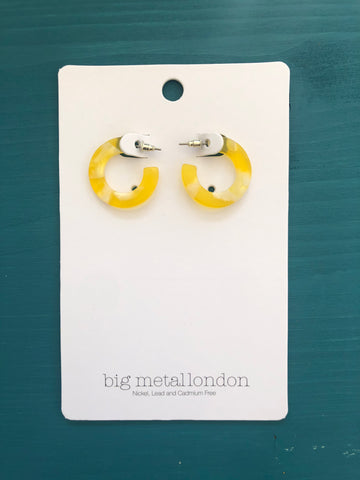 Roberta Small Hoop Earrings (Yellow)