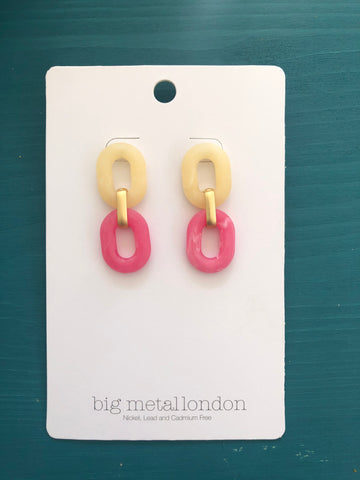 Petra Link Earrings (Cream/Pink)