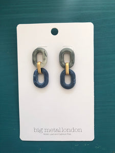 Petra Link Earrings (Grey/Blue)