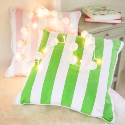 Pom Pom Light Chain