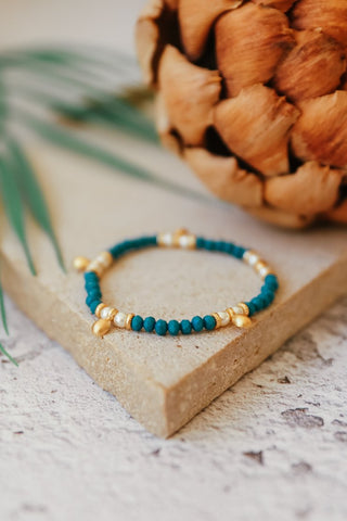 Bead, Pearl and Gold Bracelet - Teal